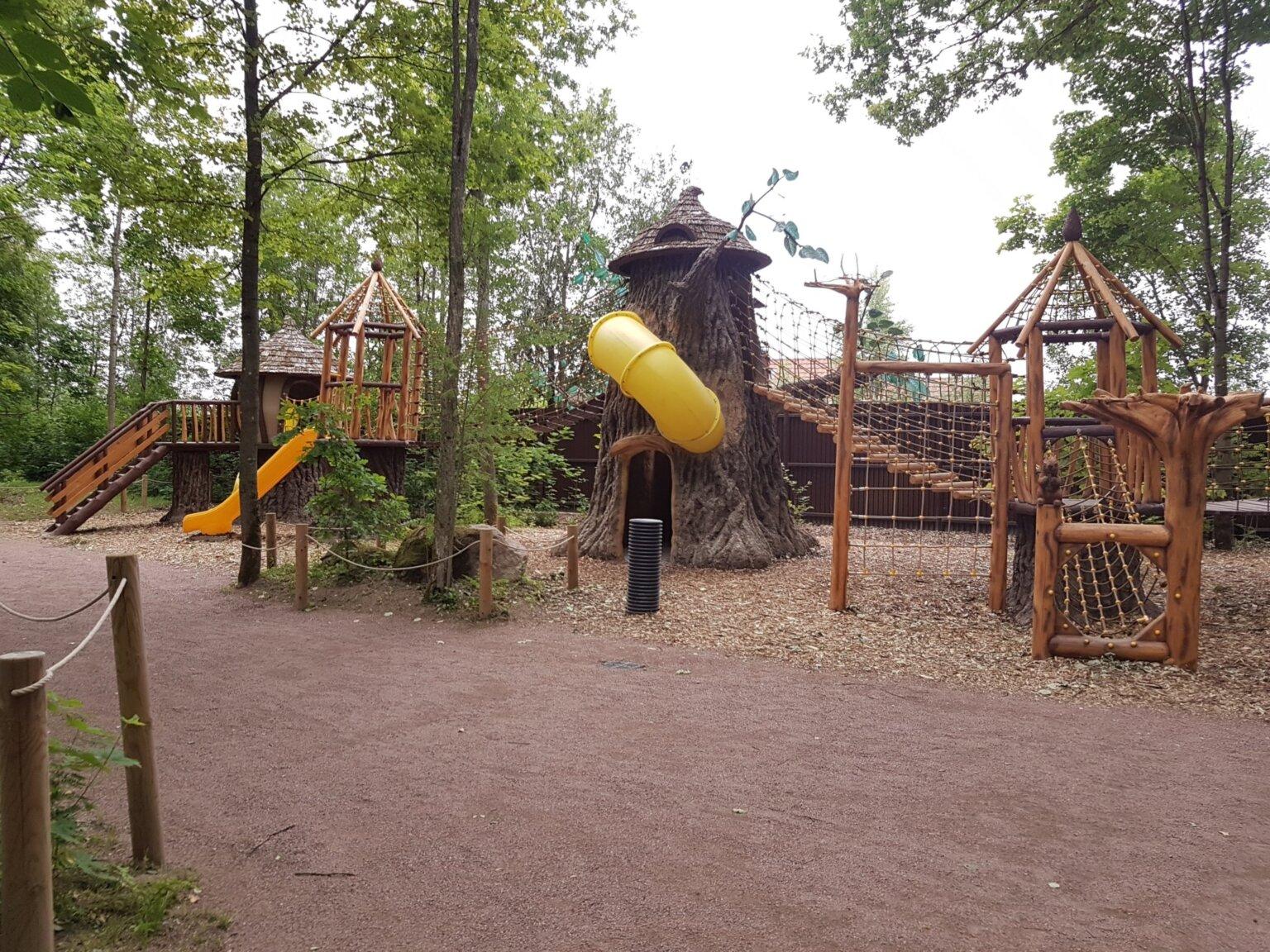 Детский комплекс «Поляна Хоббита»