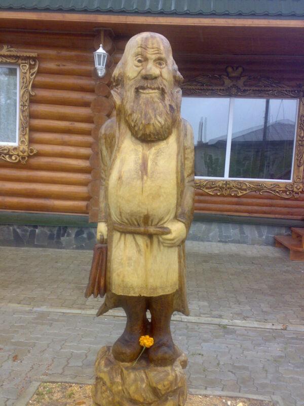 """Деревянная декоративная скульптура """"Мужичек"""""""