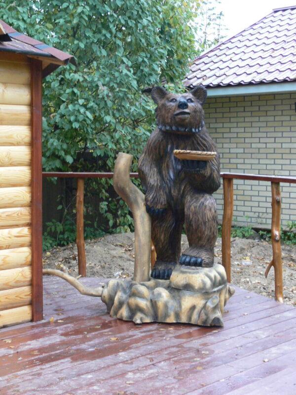 """Садовая скульптура """"Медведь с подносом-тарелкой"""""""