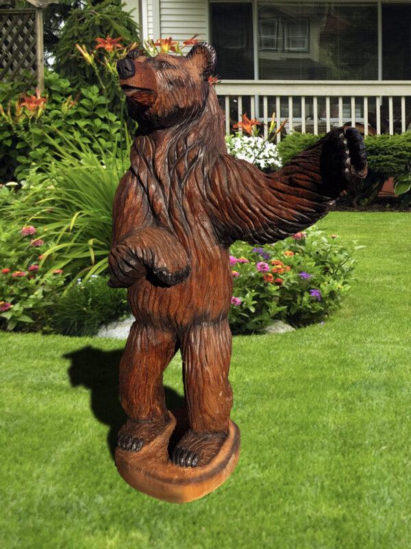 """Скульптура из дерева """"Мишка с поднятой лапой"""""""