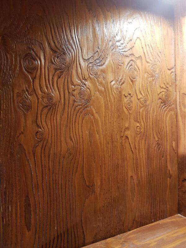 Винный шкаф с бочкой