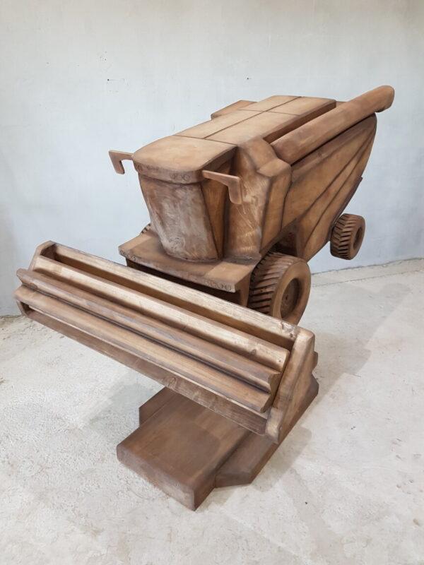 Комбайн Ростсельмаш РСМ-161 из дерева