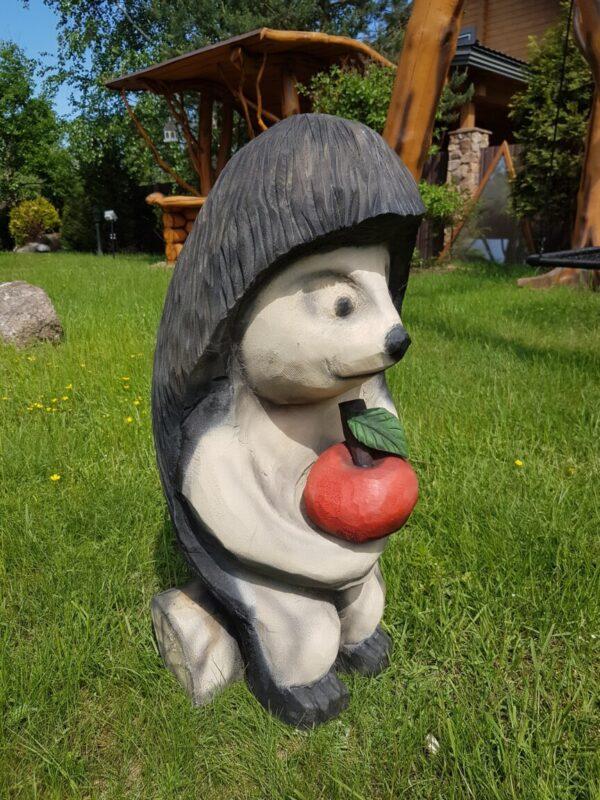 Ежик с яблочком