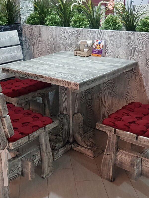 Стол квадратный под старину