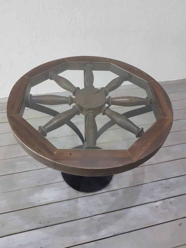 Журнальный сто из колеса телеги